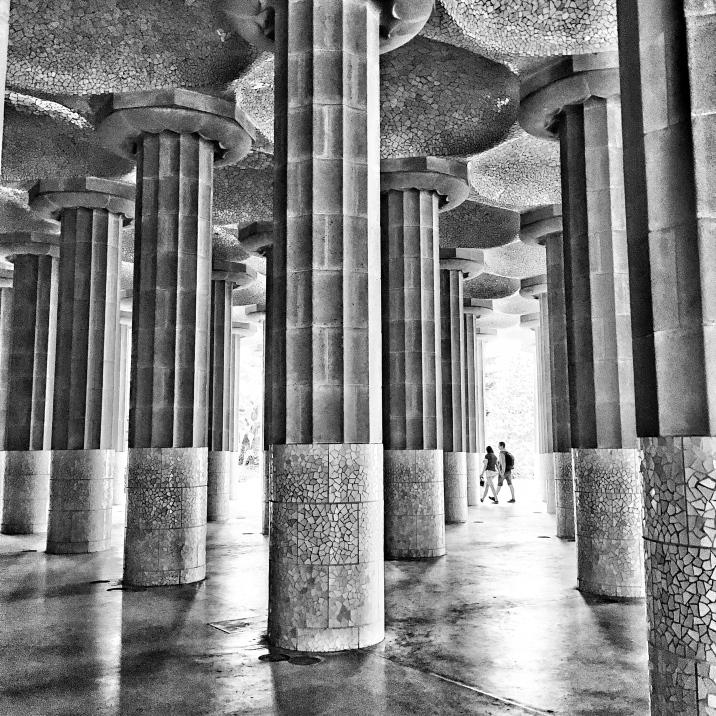 PARK GÜELL: Columns Gaudi Barcelona