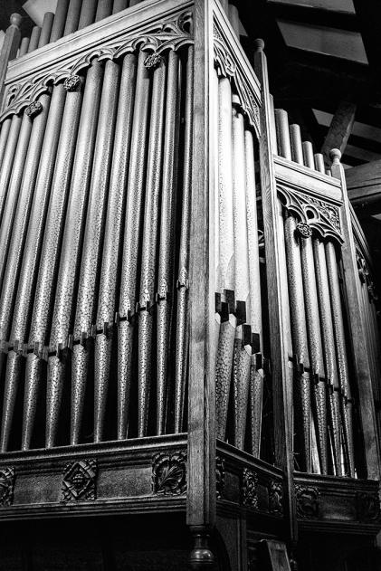 WOODPLUMPTON CHURCH ©HelenBushe