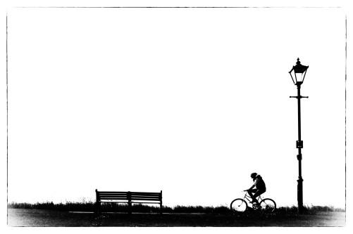 Monochrome monocycles monozone bicycles