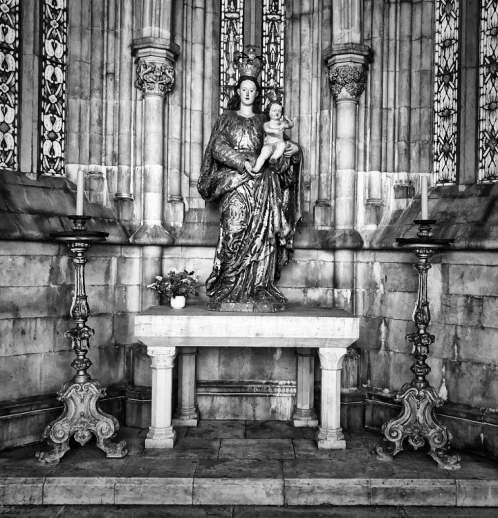 statue, Lisbon, Cathedral, monochrome, Cee's B&W Challenge