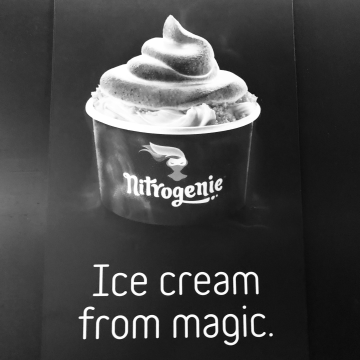 liquid nitrogen ice cream, magic, Barcelona, monochrome Cees B&W Challenge