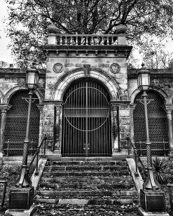Fences and Gates ©HelenBushe