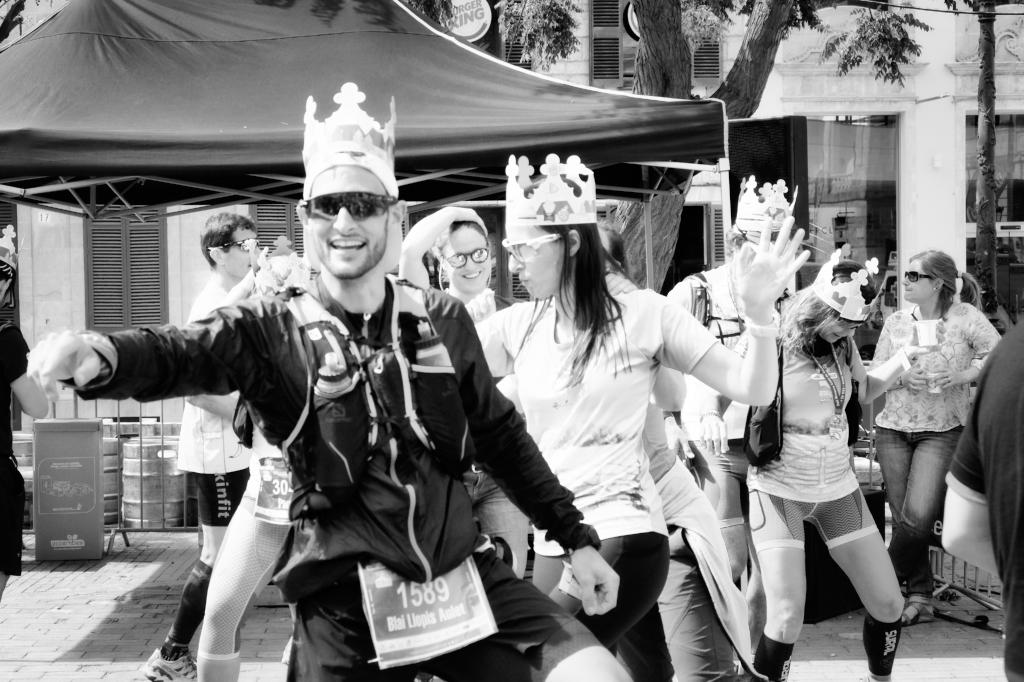 Menorca Cami de Cavalls Ciutadella Marathon photojournalistic images of celebrations